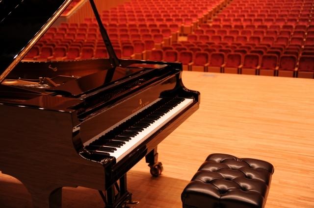 大ホールでスタインウェイピアノを弾いてみよう♪